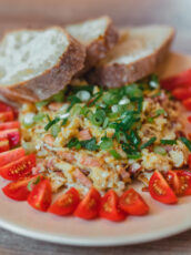 Farmer's Scrambled Eggs With Bacon And Onions