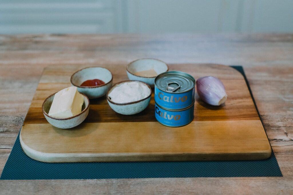 Ingredients for this tuna spread or dip.