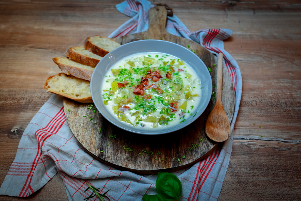 Traditional lettuce soup called Salota.